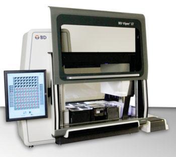 Imagen: El sistema BD Viper LT para las pruebas moleculares, totalmente integradas en un analizador de sobremesa (Fotografía cortesía de BD Diagnostics).