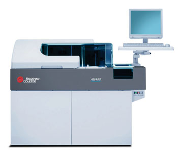 Imagen: El analizador bioquímico automático UA 480 (Fotografía cortesía de Beckman Coulter).