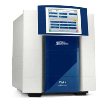 Imagen: El sistema de reacción en cadena de la polimerasa (PCR) en tiempo real, Viia 7 (Fotografía cortesía de Life Technologies).