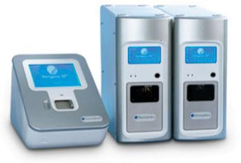 Imagen: El sistema Verigene consiste de un lector Verigene y uno o varios Procesadores SP Verigene (Fotografía cortesía de Nanosphere).